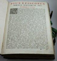Missale Romanum ex decreto sacrosancti concilii Tridentini restitutum.